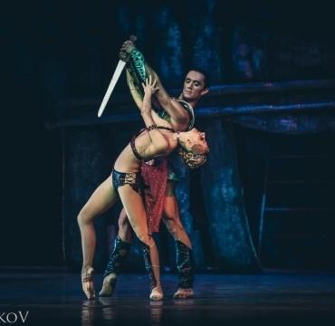 Эвтибида— Наталья Огнева, Красс— Николай Чевычелов